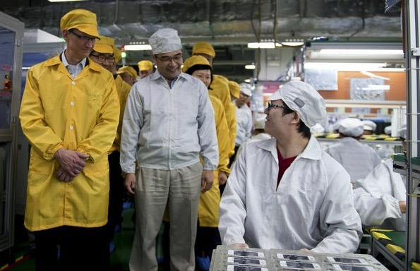 Tim Cook iPhone factory