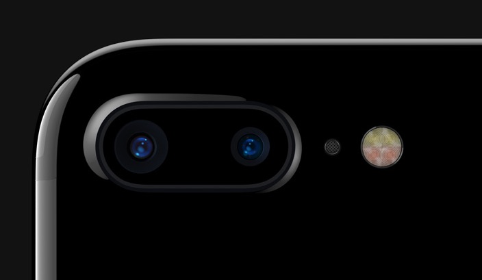 iPhone 7 Plus dual-camera